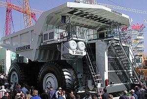 Liebherr T 282B - Liebherr T 282B mining truck