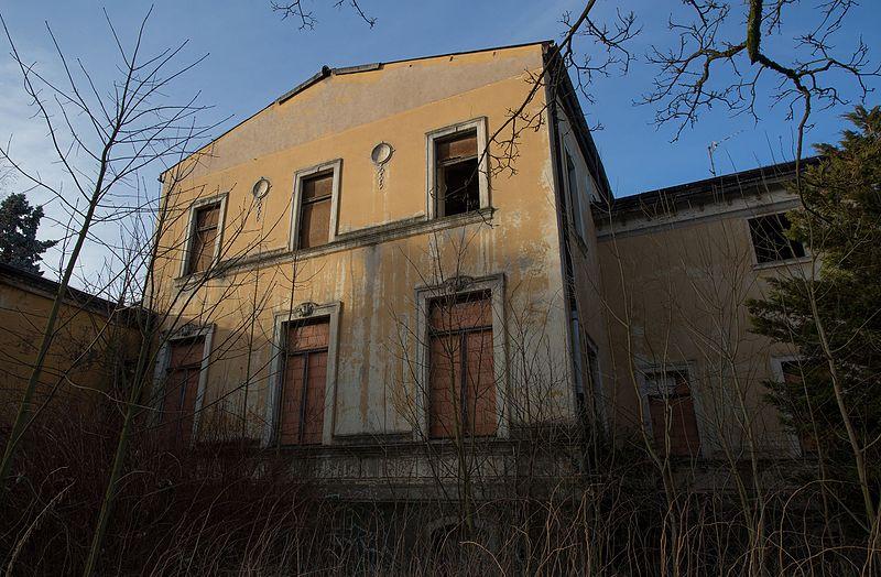 Datei:Lindenhof Nordhausen 2.jpg