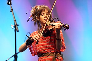 Lindsey Stirling - Stirling at VidCon 2012