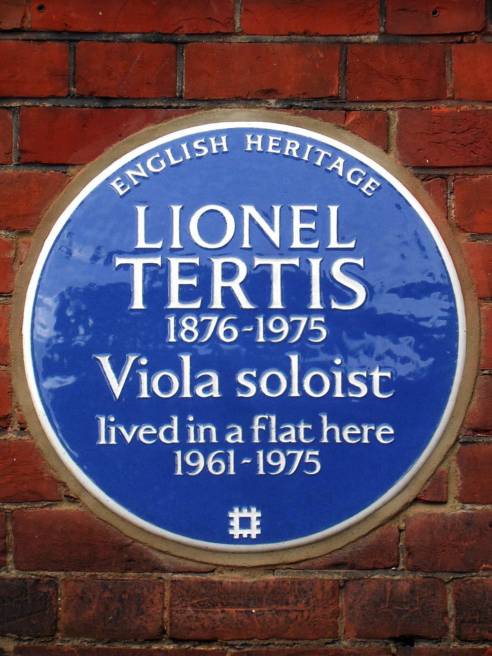 Lionel Tertis 1876-1975 viola soloist lived in a flat here 1961-1975