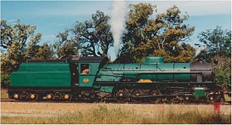 Hotham Valley Railway - W920 at Mundijong when Hotham Valley was still conducting mainline tours
