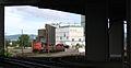 Locomotive vue a travers un viaduc.jpg