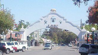 San Joaquin County, California - Image: Lodi Arch 2