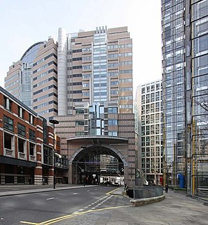 "Postmodern architecture - 125 London Wall (1992) by Terry Farrell and Partners aimed to ""repair the urban fabric"" of the district, dominated by post-Blitz modernist schemes."