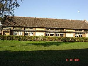 Longbenton Community College - Image: Longbenton Community College HMT block 2006