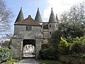 Longpont (02) Abbaye Porterie 03.JPG