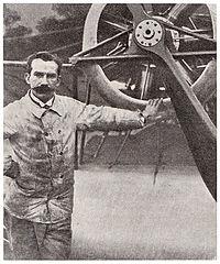 Louis Emile Train 1911.jpg