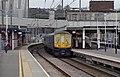Luton railway station MMB 11 319454 319004.jpg