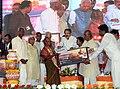 M. Venkaiah Naidu honouring the Achievers of 'Crusade for Toilets', at the 'Swachhta Hi Sewa' and 'A Crusade for Toilets' programmes under Swachh Bharat Abhiyan, at Konnur Village, Gadag District, Karnataka (3).jpg