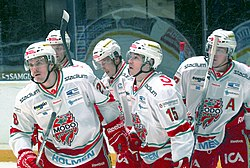 MODO Hockey players 2012-10-09.jpg