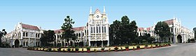 MP HIGH COURT JABALPUR - panoramio.jpg