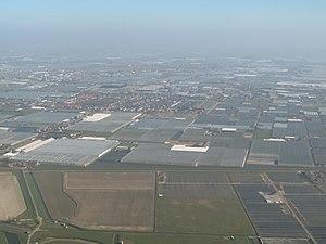 Maasdijk, Westland - Image: Maasdijk, kassen foto 1 2014 03 09 11.07