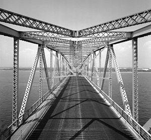 Marine Parkway–Gil Hodges Memorial Bridge - View of the roadway