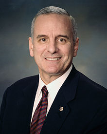 Photo officielle de Mark Dayton en 2006.