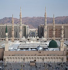 Masjid Nabawi The Prophet's Mosque, Madina.jpg