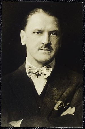 English: W. Somerset Maugham British writer