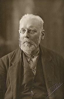 Max Heinrich Hermann Reinhardt Nettlau(1865-1944), importantehistoriadordel anarquismo, partidario delanarquismo sin adjetivosy elpanarquismo.