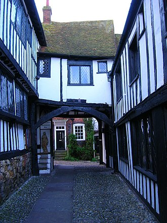 The Mermaid Inn, Rye - Passage leading to the courtyard