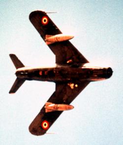الحرب الاخيرة ( تاريخ الصراع العربي الإسرائيلي) الحلقة الثانية الحلقة الثانية  في الحرب الاخيرة ... 250px-MiG17Underside1981