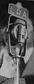 Micrófono Eva Perón Discurso (cropped).jpg