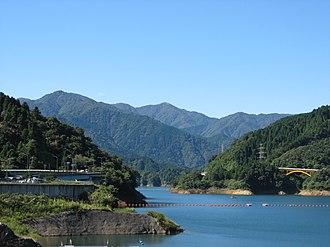 Tanzawa-Ōyama Quasi-National Park - Lake Miyagase and Mount Hiru