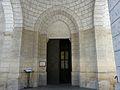 Montignac (24) église portail.JPG