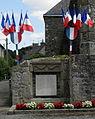Montreuil-Poulay (53) Monument aux morts de Montreuil.JPG