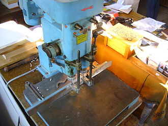 Hole punch - Industrial paper drill