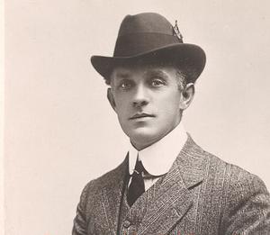 W. Louis Bradfield - W. Louis Bradfield, ca. 1910