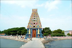 Nainativu Gopuram.jpg