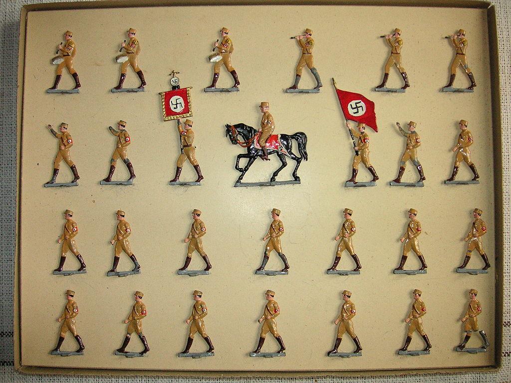 Nazi tin soldiers