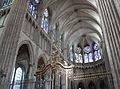Nef de la cathédrale d'Auxerre.jpg
