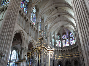Auxerre Cathedral - Close-up view of the nave