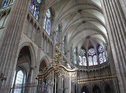 Nef de la cathédrale d'Auxerre