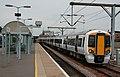 New Class 379, 379029, National Express emu at Cambridge. - panoramio.jpg