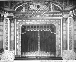 Century Theatre (New York City) - Proscenium and curtain