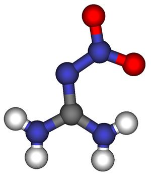Nitroguanidine - Image: Nitroguanidine structure