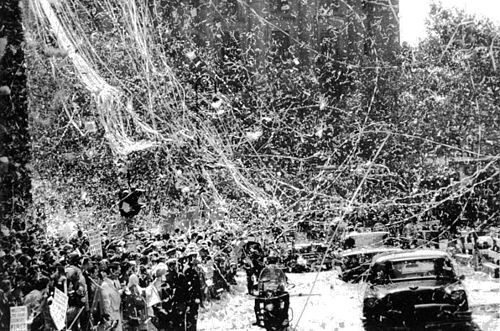 Ticker tape parade in New York City for presidential candidate Richard Nixon in 1960. The long streamers are entire spools of ticker tape. NixonTickerTapeParadeNYC1960.jpg