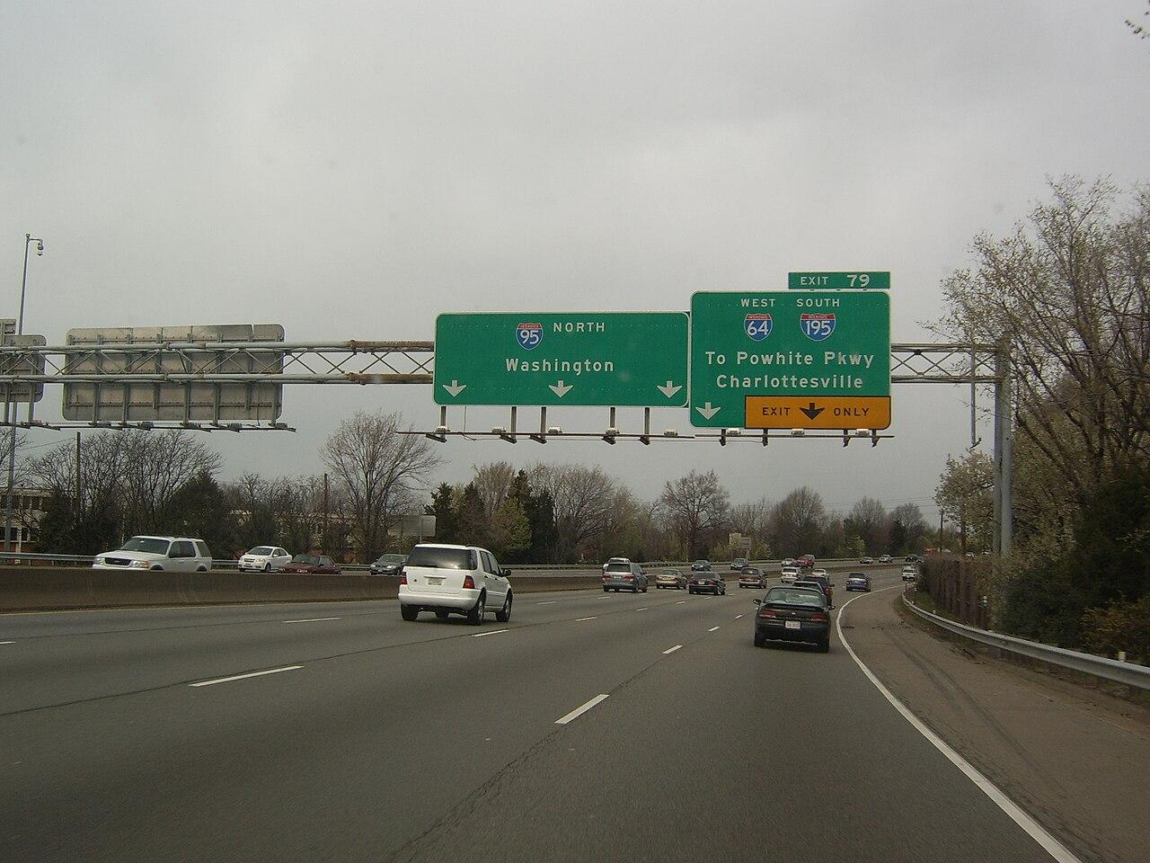 File:Northbound I-95 a...I 95 Exit 29
