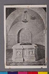 O Tumulo dos Condes D'Eu no Panteon dos Orléans, em Dreux, França. à Direita D. Isabel, a Redentora; à Esquerda, Gastão de Orléans