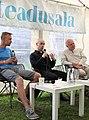 Oliver Laas (keskel) 2020. aastal Arvamusfestivali teadusalal (vasemal Rainis Haller, paremal Kalevi Kull).jpg