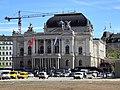 Opernhaus - Sechseläutenplatz 2012-04-26 15-55-44 (P7000).JPG