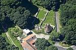 Pálos templomrom Klastrompusztán, légi fotó.jpg