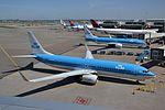 PH-BXF Boeing 737-8K2 KLM (26497324081).jpg