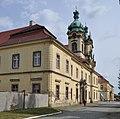 PL - Legnickie Pole - klasztor - Kroton 003.jpg