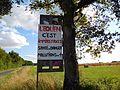 Panneau anti-éoliennes en France.jpg