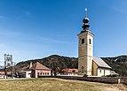 Paternion Kreuzen 16 Pfarrkirche hll. Veit und Leonhard und Volksschule 06042018 2863.jpg