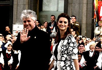 Volver - Almodóvar and Cruz on the red carpet at the 2006 Prince of Asturias Awards.