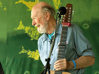 English: Pete Seeger at age 88 photographed on...