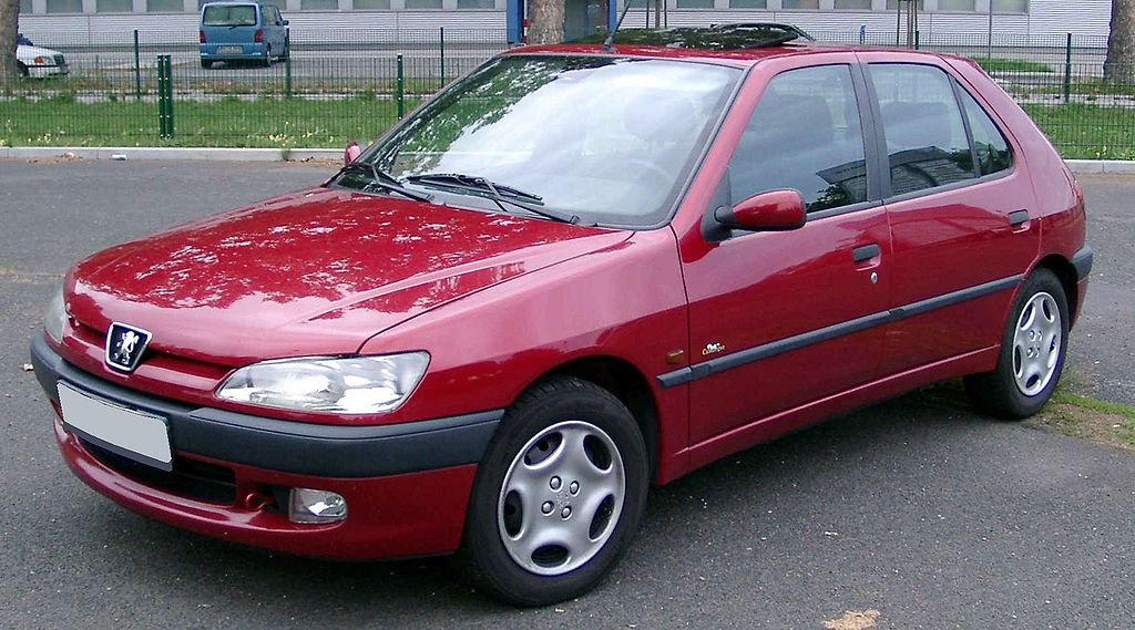 File:Peugeot 306 front 20080822.jpg - Wikimedia Commons